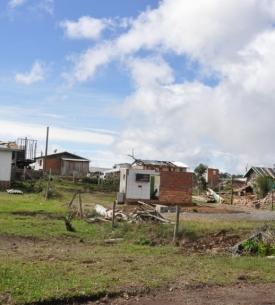 30 dias após tornado, São Chico ainda espera verba prometida para reconstrução da cidade