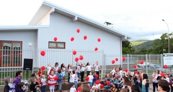 Prefeitura de Três Coroas inaugura novo prédio destinado à Escola Moranguinho