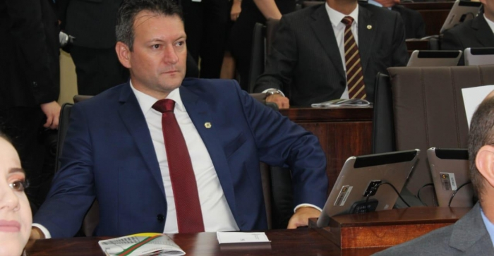 Deputado Dalciso Oliveira toma posse na Assembleia