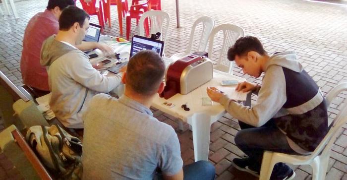Ação confeccionou carteira de estudante na hora em Igrejinha