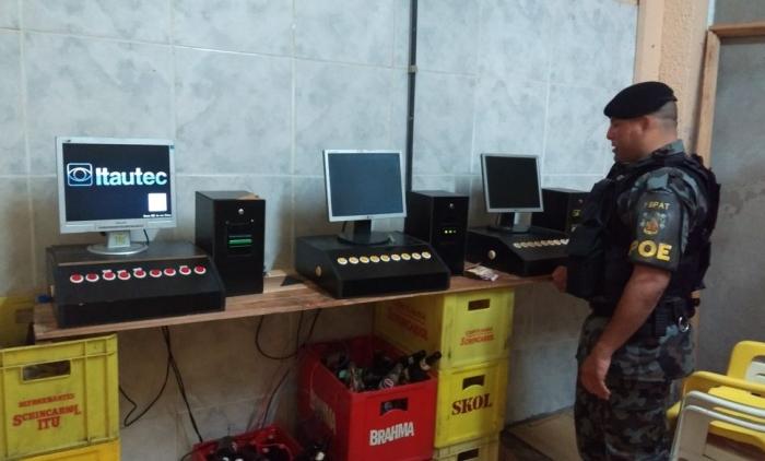 Brigada Militar apreende máquinas caça-niqueis em Igrejinha