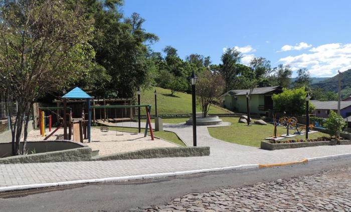 Inaugurada praça do Recanto Verde em Igrejinha