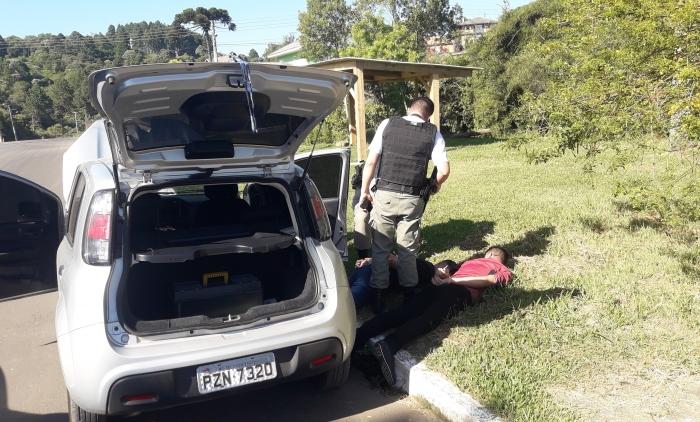 Quatro são detidos após roubo a joalheria no centro de Canela
