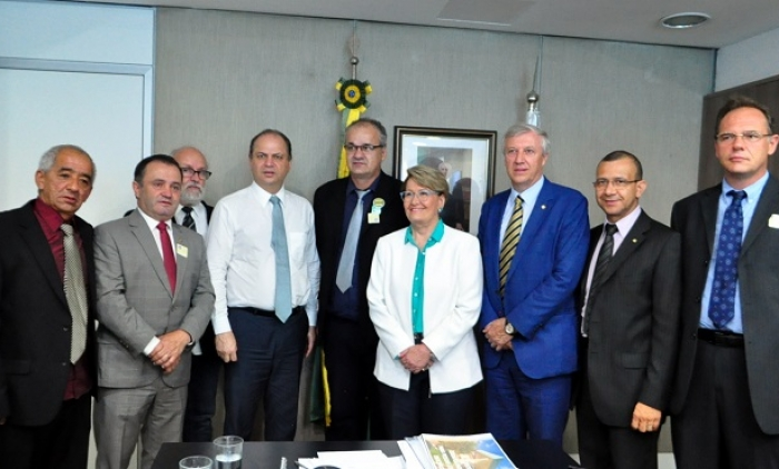 Carlos Gomes  solicita ao Ministério da Saúde mais de R$ 2 milhões para o Hospital São Francisco de Assis, de Parobé