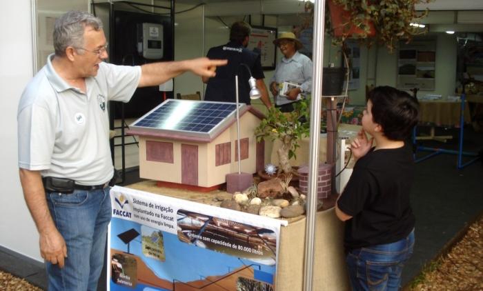 Escola Ambiente terá oficina fotovoltaica  na Instituição da faccat para os acompanhantes dos vestibulandos.