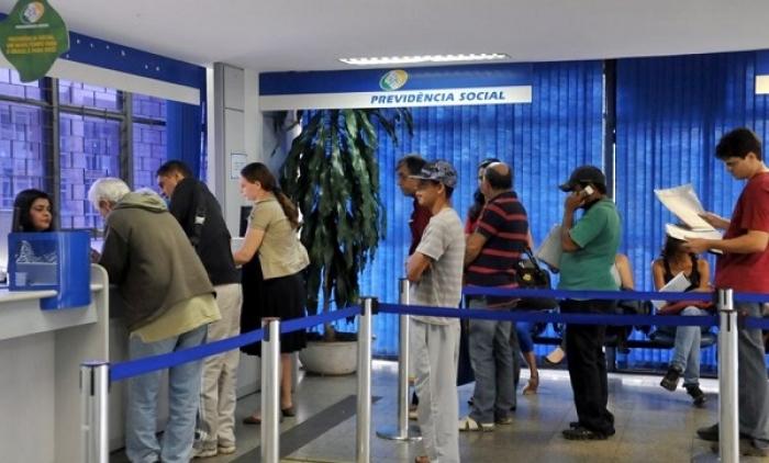 Greve dos bancos faz INSS adiar prova de vida