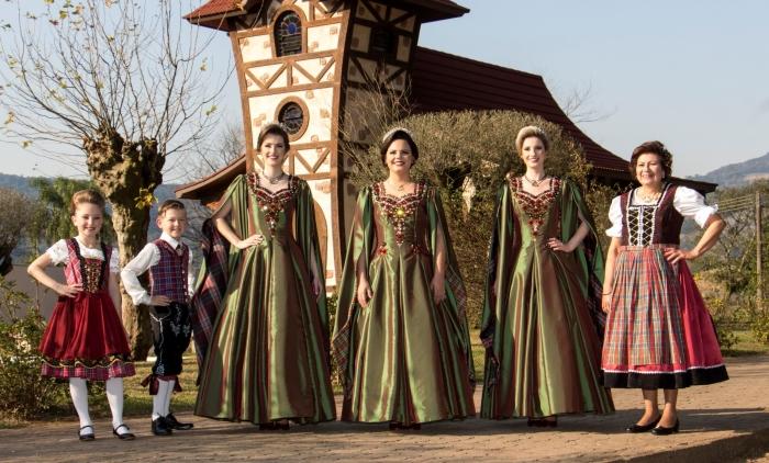 Corte da 29ª Oktoberfest de Igrejinha apresenta trajes oficiais