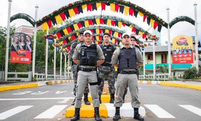 1º Batalhão de Policiamento em Áreas Turísticas NA 30ª OKTOBERFEST DE IGREJINHA