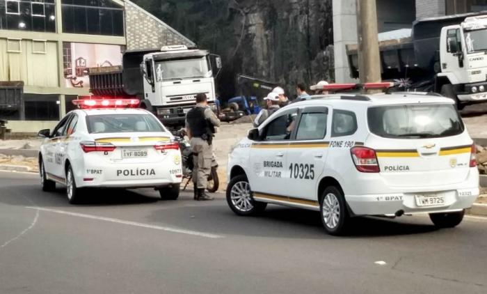 BRIGADA MILITAR DE CANELA APREENDE MENOR COM MOTOCICLETA FURTADA