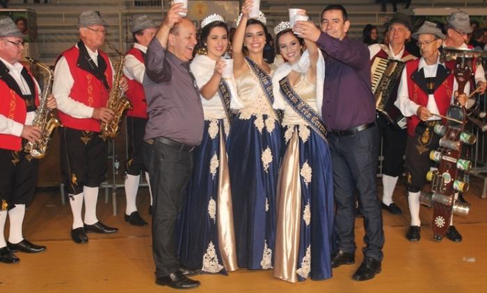 Três Coroas comemorou 58 anos com muita festa