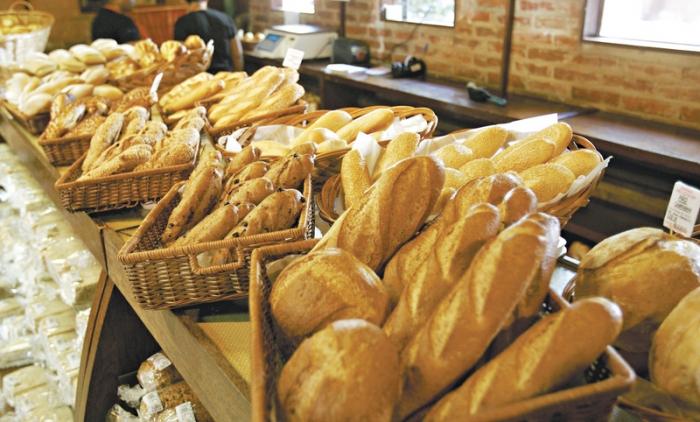 Alta do dólar faz preço do pão aumentar
