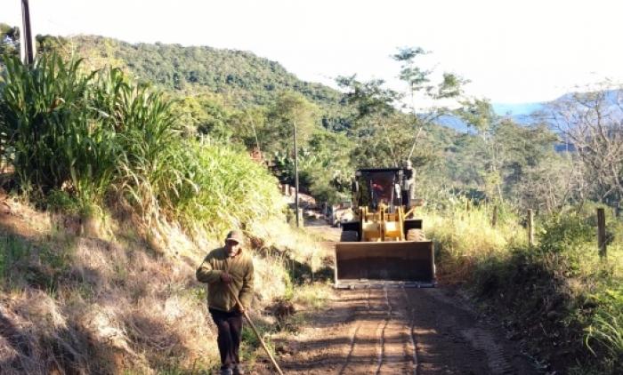 Estradas do interior de Três Coroas passam por manutenção