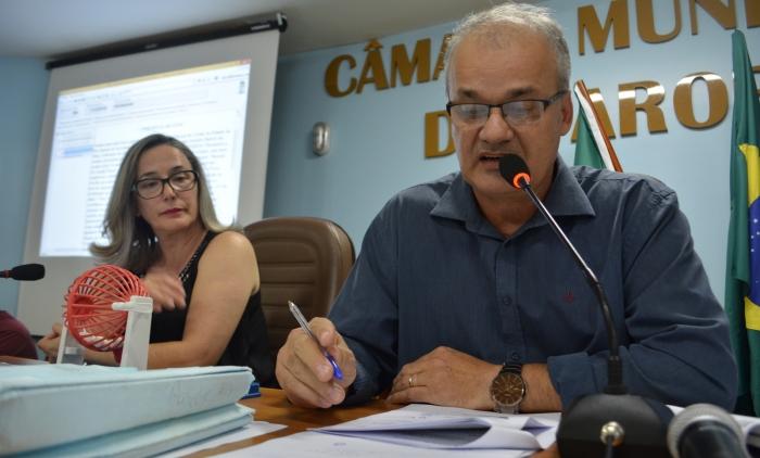 CÂMARA DE VEREADORES REPROVA CONTAS DO EX-PREFEITO DE PAROBÉ CLÁUDIO SILVA