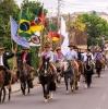 CERCA DE 320 CAVALEIROS PARTICIPAM DO DESFILE FARROUPILHA EM TAQUARA